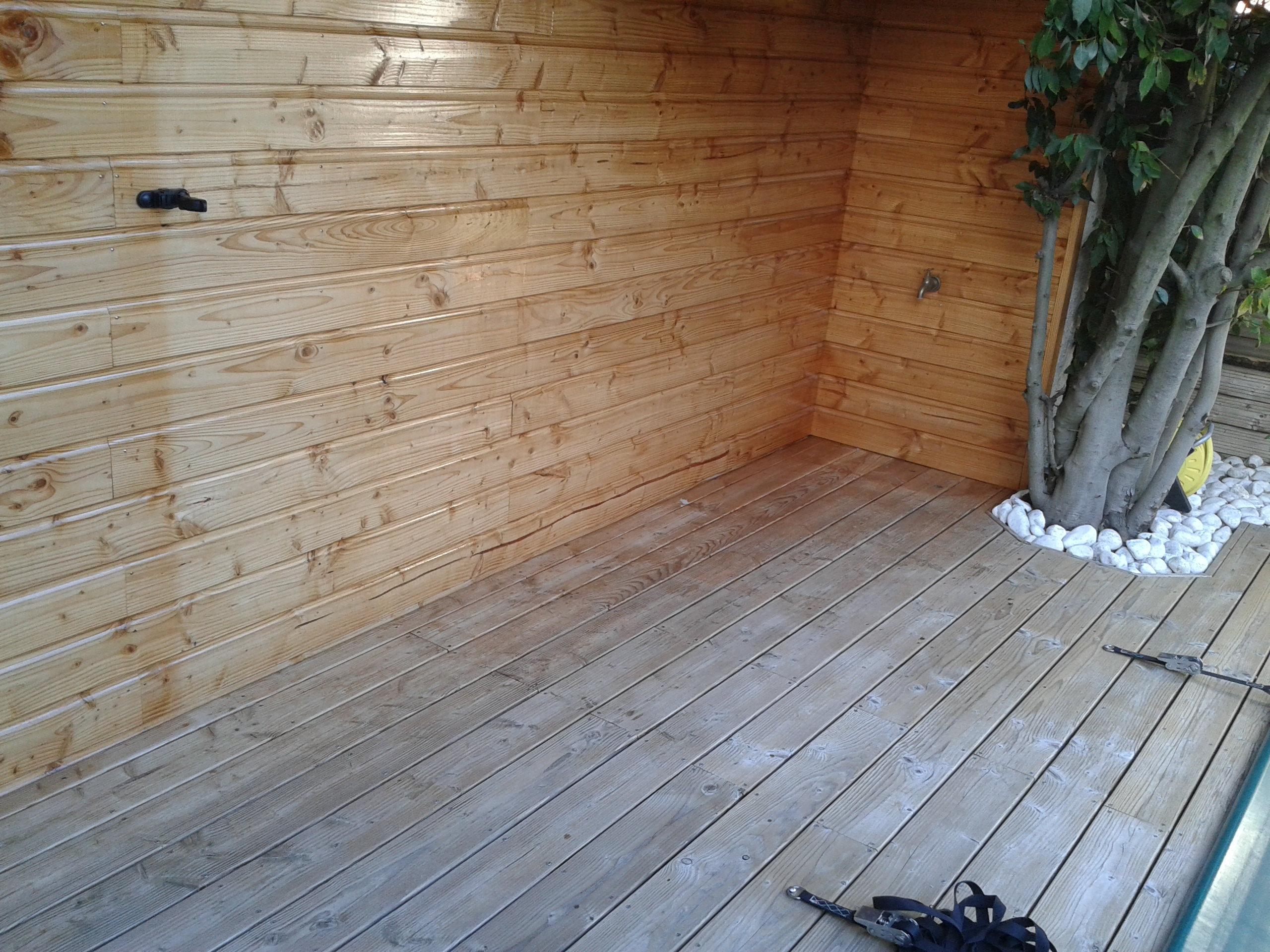 peut on conserver des bois clairs avec un saturateur. Black Bedroom Furniture Sets. Home Design Ideas