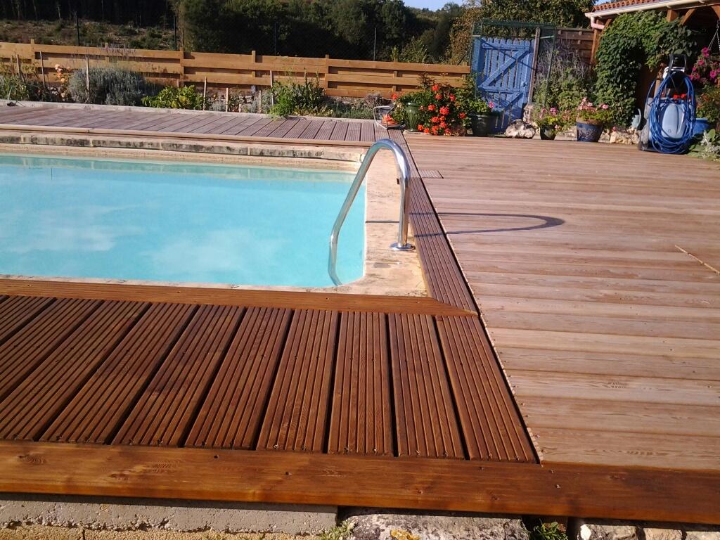 terrasse en bois avec saturateur entretien du bois le blog du comptoir des produits. Black Bedroom Furniture Sets. Home Design Ideas